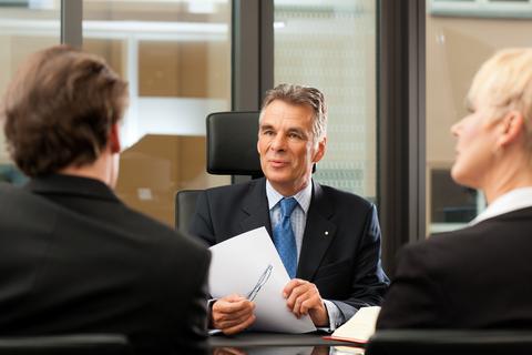 עורך דין פלילי עם ניסיון