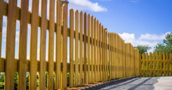 התקנת גדר מעץ – איך עושים את זה נכון?